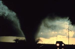 tornado-541911_640