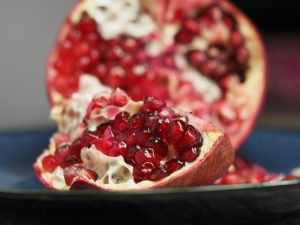 pomegranate-1076657_640