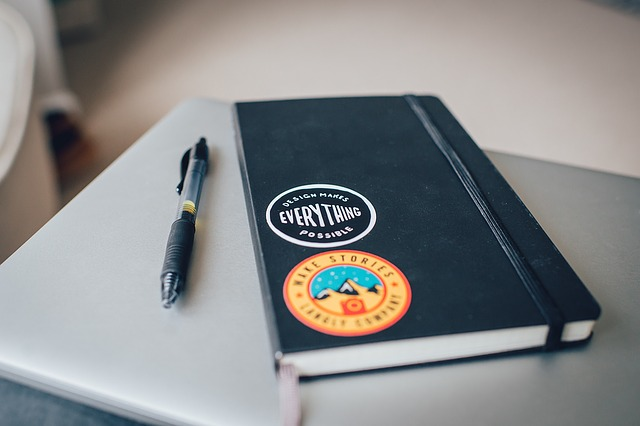 notebook-1209921_640